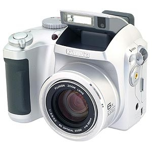 FUJI S3000 DIGITAL CAMERA {3.2 M/P} Image 1